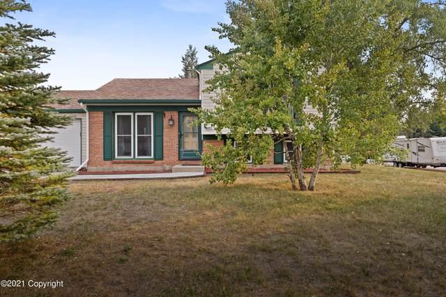 501 W Granite St W, Gillette, WY 82718 (MLS #21-1593) :: The Wernsmann Team   BHHS Preferred Real Estate Group