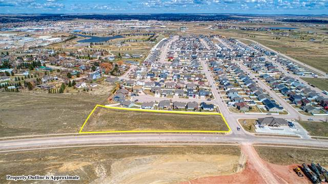 4002 Chippewa Ave, Gillette, WY 82718 (MLS #21-16) :: The Wernsmann Team | BHHS Preferred Real Estate Group
