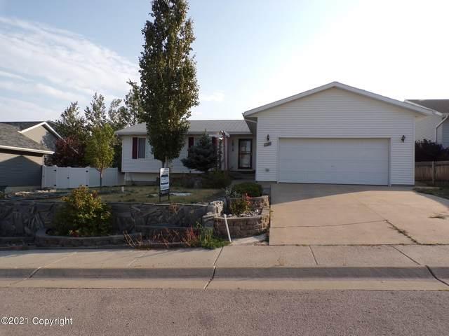 1425 Beaver Dr -, Gillette, WY 82718 (MLS #21-1626) :: The Wernsmann Team | BHHS Preferred Real Estate Group