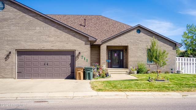 711 Overdale Dr -, Gillette, WY 82718 (MLS #21-1642) :: 411 Properties