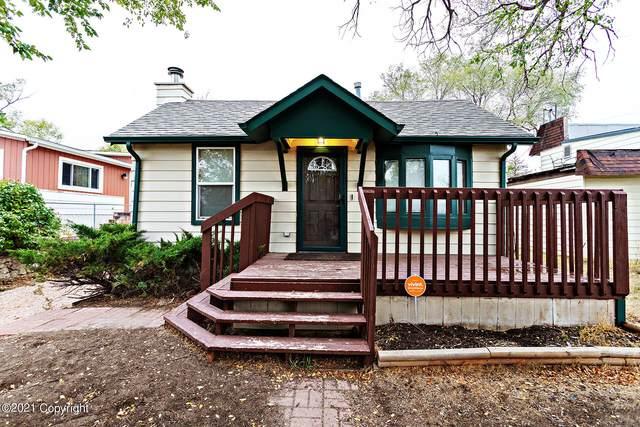 902 Warren Ave -, Gillette, WY 82716 (MLS #21-1726) :: 411 Properties