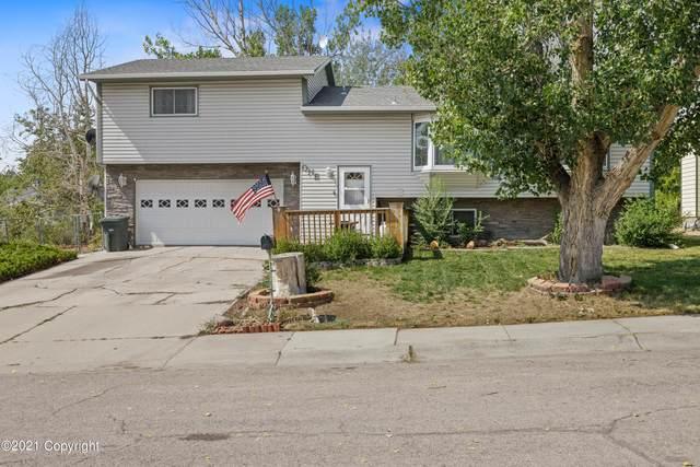 1 Garden Cir -, Gillette, WY 82716 (MLS #21-1738) :: 411 Properties