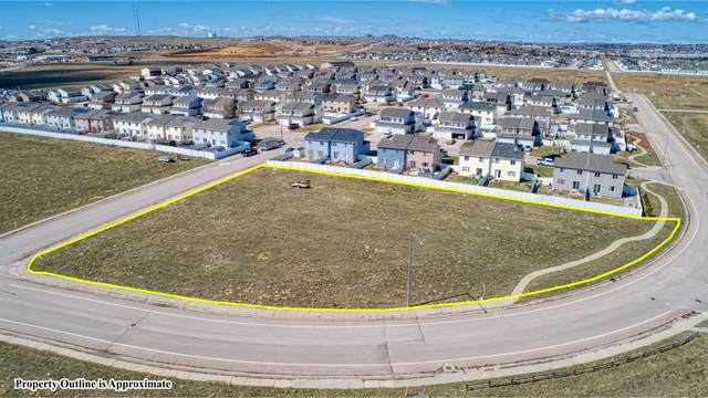 1970 Sinclair St, Gillette, WY 82718 (MLS #21-19) :: The Wernsmann Team | BHHS Preferred Real Estate Group