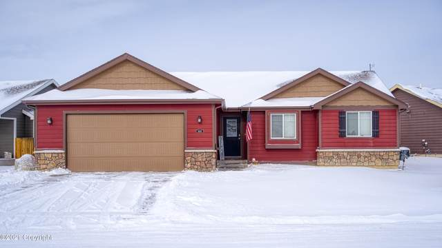 1003 Sako Dr -, Gillette, WY 82718 (MLS #21-222) :: The Wernsmann Team | BHHS Preferred Real Estate Group