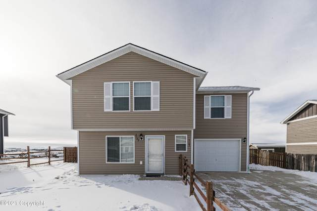 3103 Saddle String Cir -, Gillette, WY 82716 (MLS #21-244) :: 411 Properties