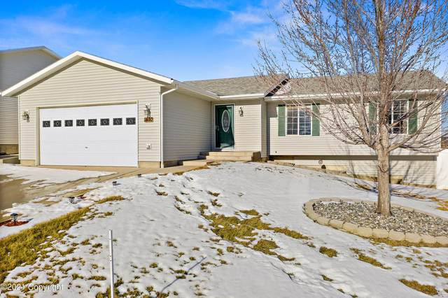 1420 Beaver Dr -, Gillette, WY 82718 (MLS #21-264) :: The Wernsmann Team | BHHS Preferred Real Estate Group