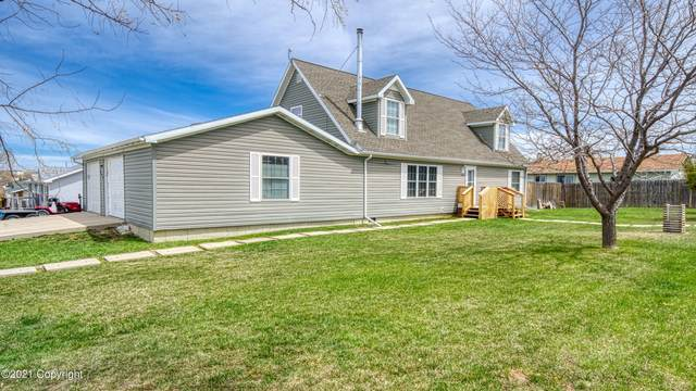 300 Highridge Cir -, Wright, WY 82732 (MLS #21-292) :: 411 Properties