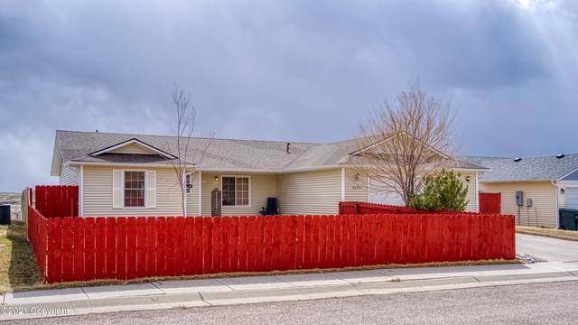 3103 Goldenrod Ave -, Gillette, WY 82716 (MLS #21-474) :: The Wernsmann Team   BHHS Preferred Real Estate Group