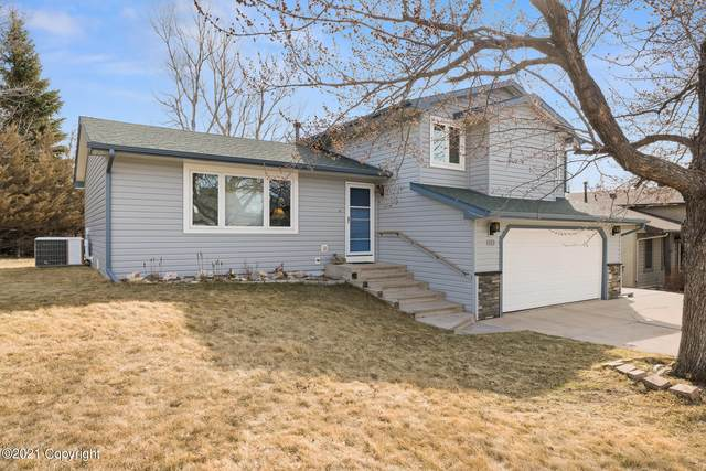 1113 Granite St -, Gillette, WY 82718 (MLS #21-500) :: 411 Properties
