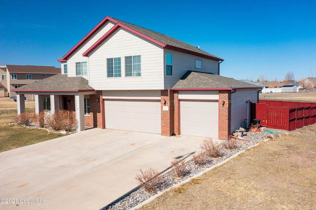 806 Running W Dr -, Gillette, WY 82718 (MLS #21-540) :: Team Properties