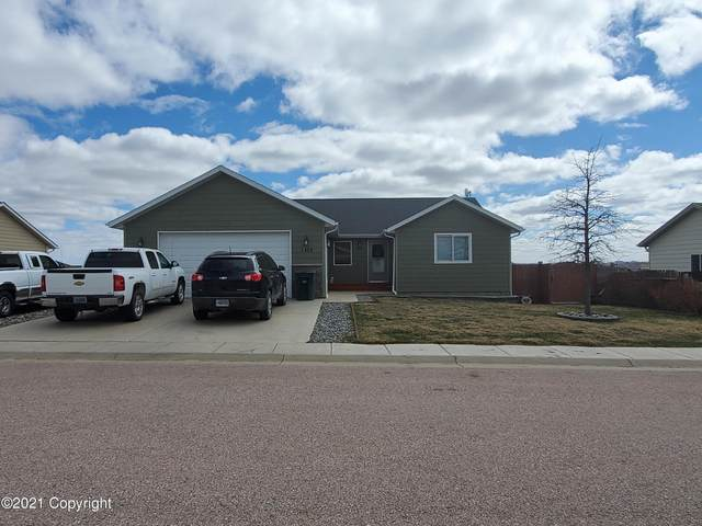 1402 Estes Ln -, Gillette, WY 82716 (MLS #21-565) :: The Wernsmann Team | BHHS Preferred Real Estate Group