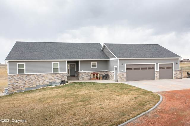 6600 Stone Pl Loop -, Gillette, WY 82718 (MLS #21-603) :: 411 Properties