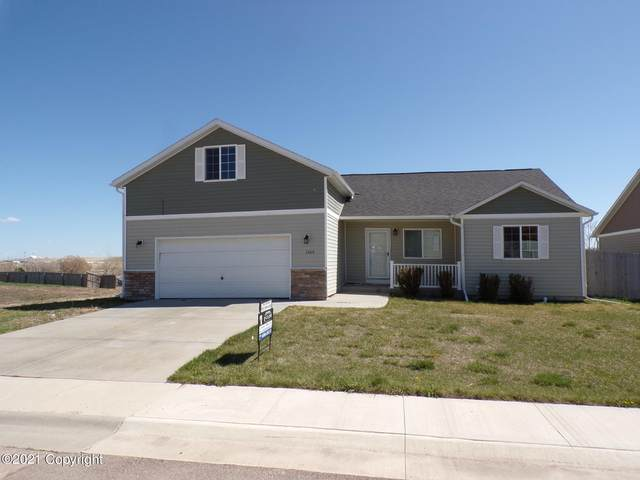 3409 Goldenrod Ave -, Gillette, WY 82716 (MLS #21-705) :: The Wernsmann Team | BHHS Preferred Real Estate Group