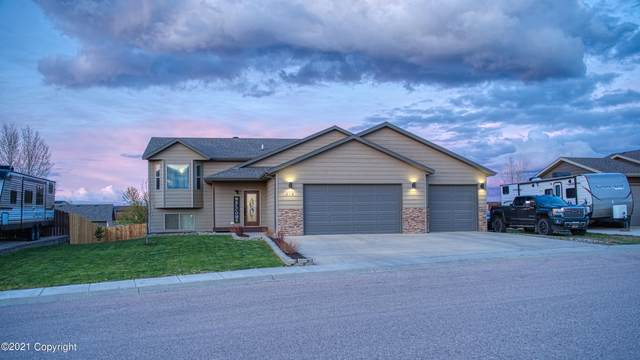618 Arcadia Ave -, Gillette, WY 82716 (MLS #21-730) :: The Wernsmann Team | BHHS Preferred Real Estate Group