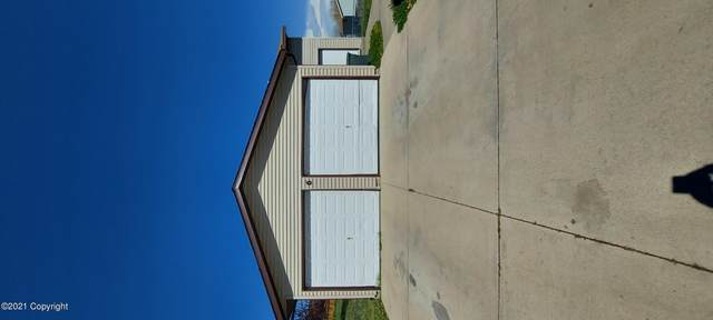 6 Clearview Ct, Gillette, WY 82716 (MLS #21-757) :: The Wernsmann Team | BHHS Preferred Real Estate Group