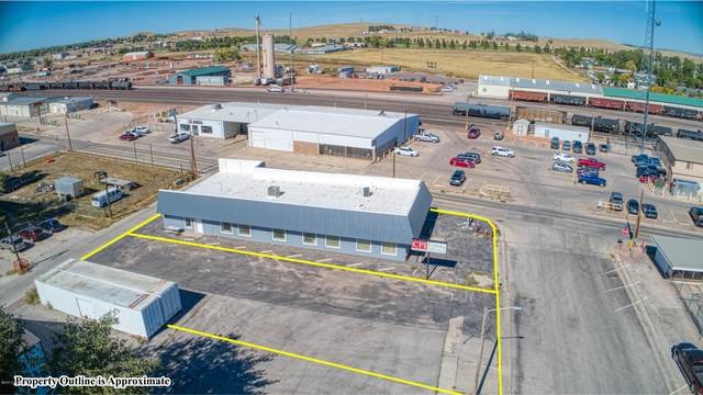 100/102 S Warren Ave -, Gillette, WY 82716 (MLS #21-852) :: 411 Properties