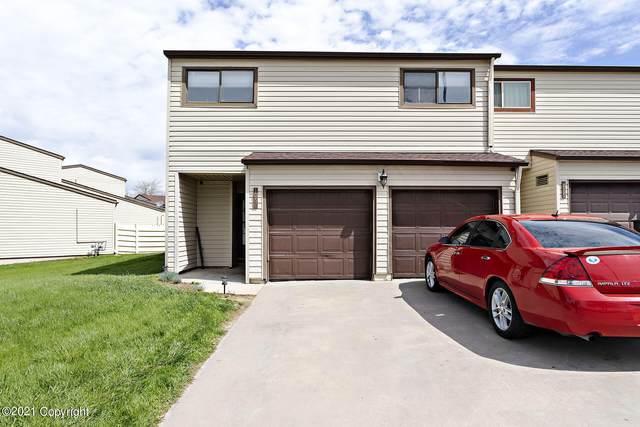 1067 12th St E, Gillette, WY 82716 (MLS #21-857) :: Team Properties