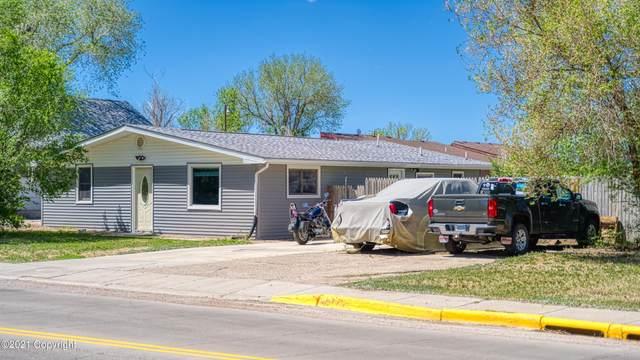 915 E 4th St E, Gillette, WY 82716 (MLS #21-895) :: Team Properties