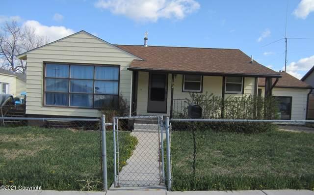 102 Cascade Ave -, Newcastle, WY 82701 (MLS #21-901) :: Team Properties