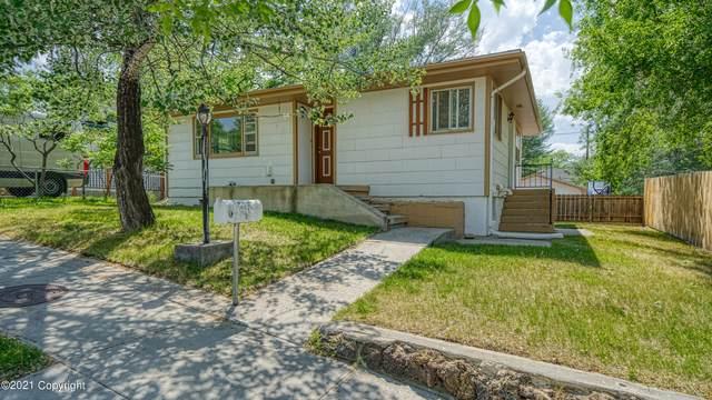 504 Richards Avenue -, Gillette, WY 82716 (MLS #21-956) :: 411 Properties