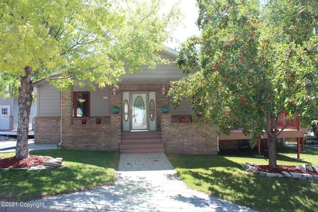 305 E Crook St E, Moorcroft, WY 82721 (MLS #21-963) :: 411 Properties