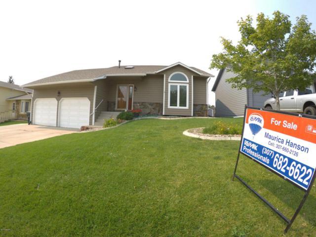 1118 Granite St W, Gillette, WY 82718 (MLS #17-1309) :: Team Properties