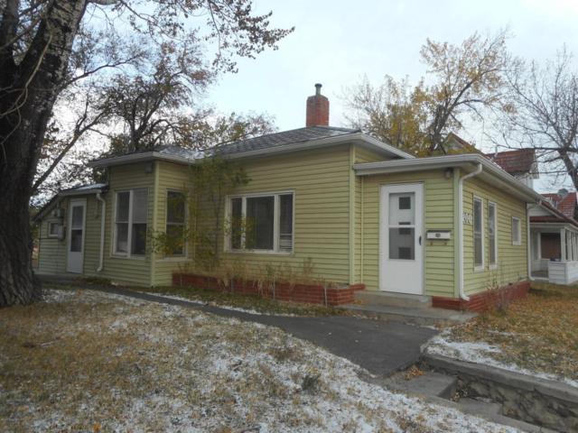 206 Warren Ave S, Gillette, WY 82716 (MLS #17-1593) :: 411 Properties