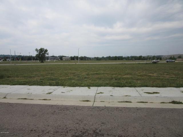 734 Lakeland Hills Dr, Gillette, WY 82716 (MLS #18-1272) :: Team Properties