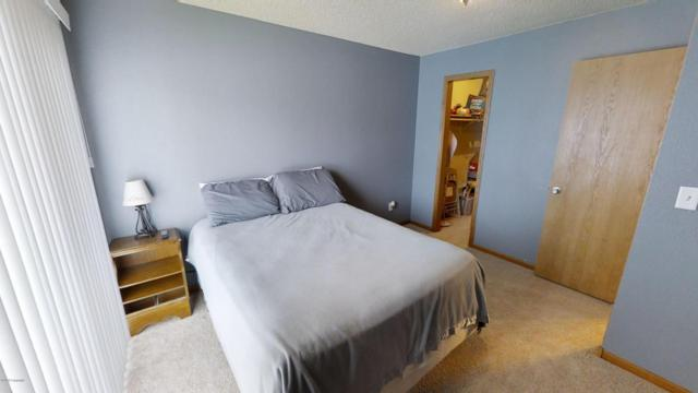 1006 9th St E, Gillette, WY 82716 (MLS #18-147) :: Team Properties