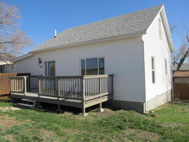 305 Sheridan St E, Moorcroft, WY 82721 (MLS #18-340) :: Team Properties