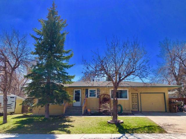 410 Circle Dr -, Gillette, WY 82716 (MLS #18-430) :: 411 Properties