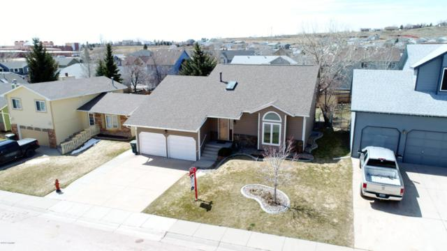 1118 Granite St W, Gillette, WY 82718 (MLS #18-481) :: Team Properties