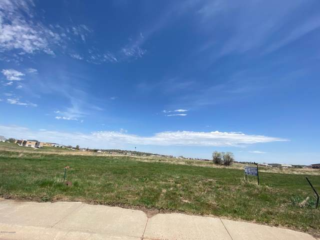 3608 College Park Ct N, Gillette, WY 82718 (MLS #19-1665) :: The Wernsmann Team | BHHS Preferred Real Estate Group