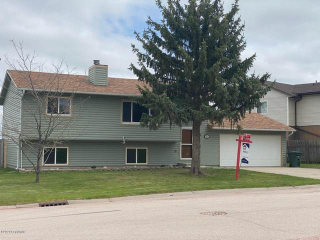 6825 Robin Dr -, Gillette, WY 82718 (MLS #20-203) :: The Wernsmann Team | BHHS Preferred Real Estate Group