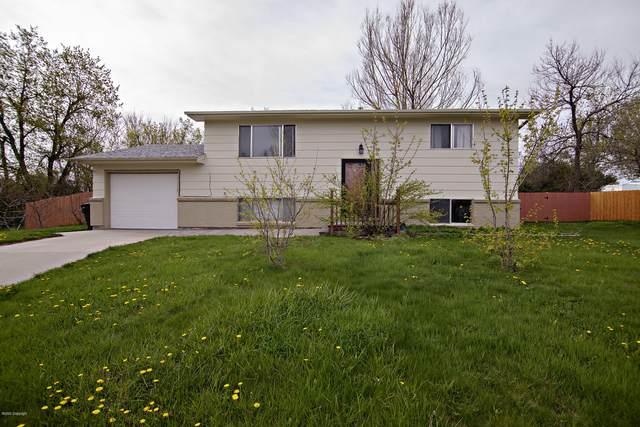 4 Sage Ct -, Gillette, WY 82716 (MLS #20-221) :: The Wernsmann Team | BHHS Preferred Real Estate Group