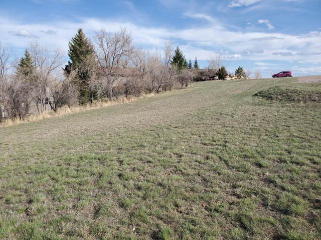 2706 Meadow Ln, Gillette, WY 82718 (MLS #20-525) :: The Wernsmann Team | BHHS Preferred Real Estate Group