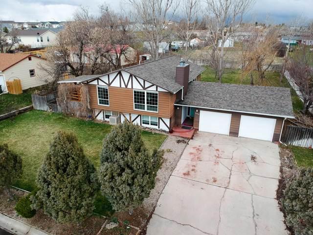 804 Cherry Ln -, Gillette, WY 82716 (MLS #20-533) :: 411 Properties