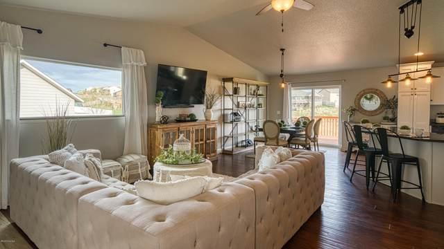 3905 S College Park Ct S, Gillette, WY 82718 (MLS #20-539) :: Team Properties