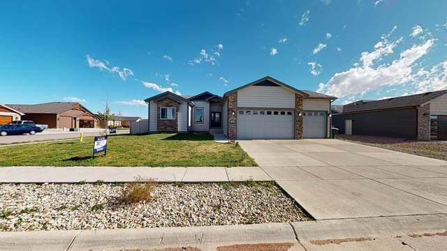 39 Wolf Creek St -, Gillette, WY 82718 (MLS #20-873) :: Team Properties