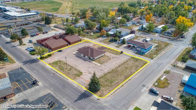 902 E 3rd St E, Gillette, WY 82716 (MLS #21-1657) :: The Wernsmann Team   BHHS Preferred Real Estate Group