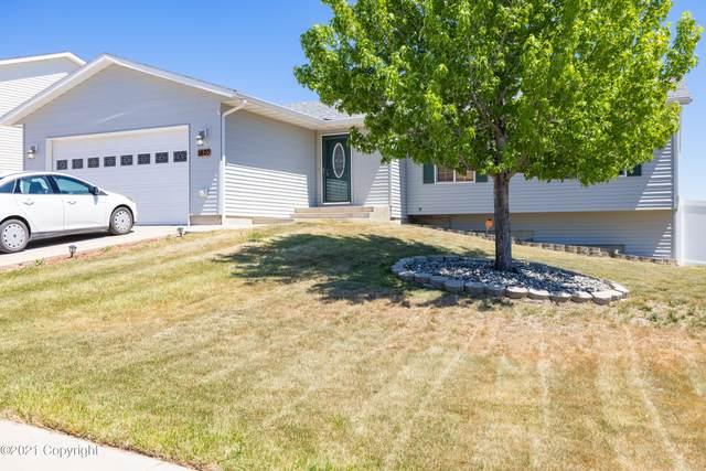 1420 Beaver Dr -, Gillette, WY 82718 (MLS #21-264) :: 411 Properties