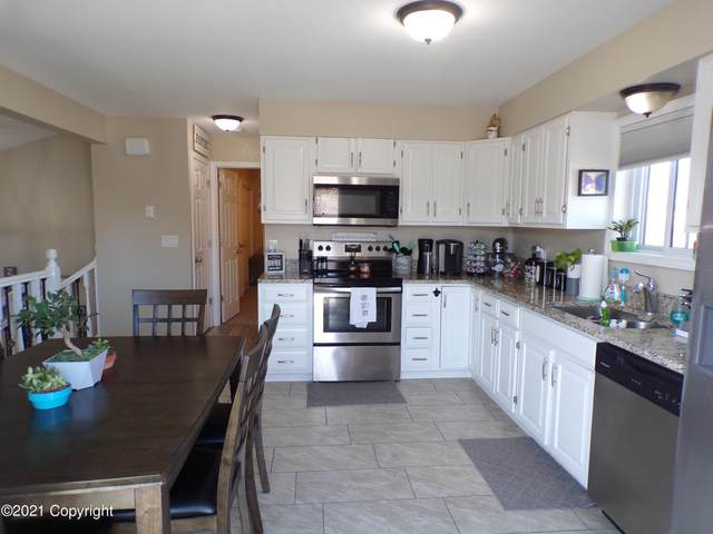719 Overdale Dr -, Gillette, WY 82718 (MLS #21-408) :: 411 Properties