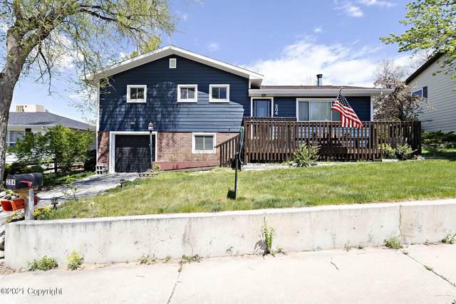 204 W 12th St -, Gillette, WY 82716 (MLS #21-439) :: 411 Properties