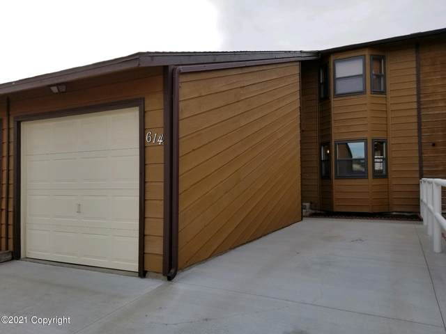 614 Oregon Ave -, Gillette, WY 82718 (MLS #21-576) :: The Wernsmann Team | BHHS Preferred Real Estate Group