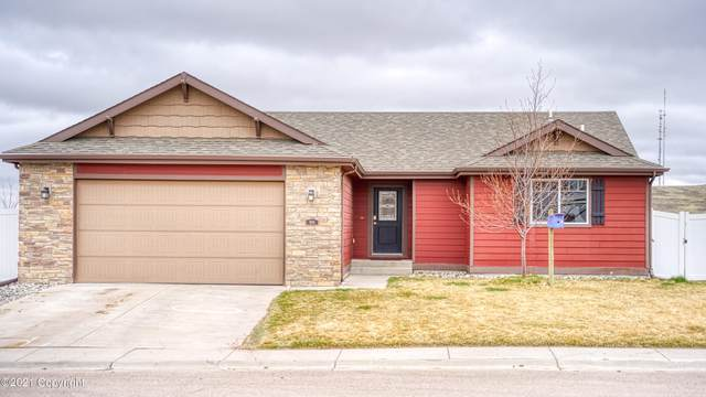 1014 Sako Dr -, Gillette, WY 82718 (MLS #21-637) :: The Wernsmann Team | BHHS Preferred Real Estate Group