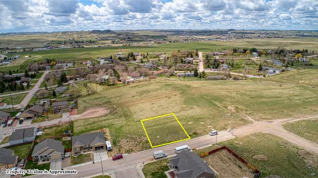 2301 Sawtooth Dr, Gillette, WY 82718 (MLS #21-782) :: Team Properties