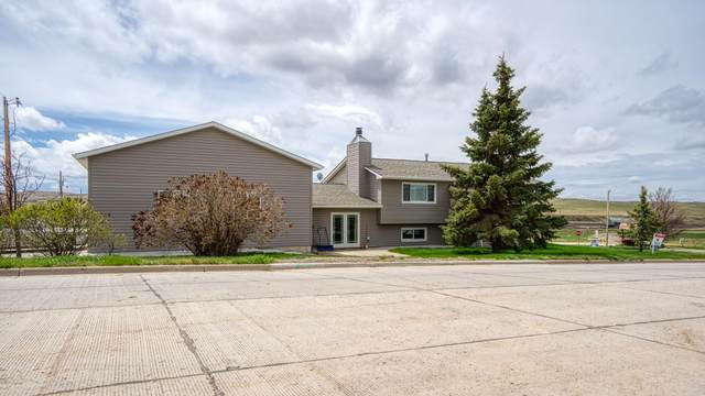 609 W Goshen St W, Moorcroft, WY 82721 (MLS #19-1516) :: The Wernsmann Team | BHHS Preferred Real Estate Group