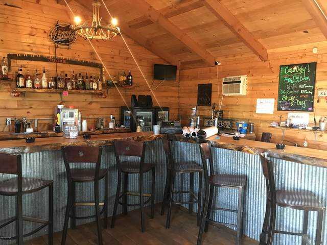 5904 Old Hwy 14 -, Beulah, WY 82712 (MLS #19-1556) :: The Wernsmann Team | BHHS Preferred Real Estate Group