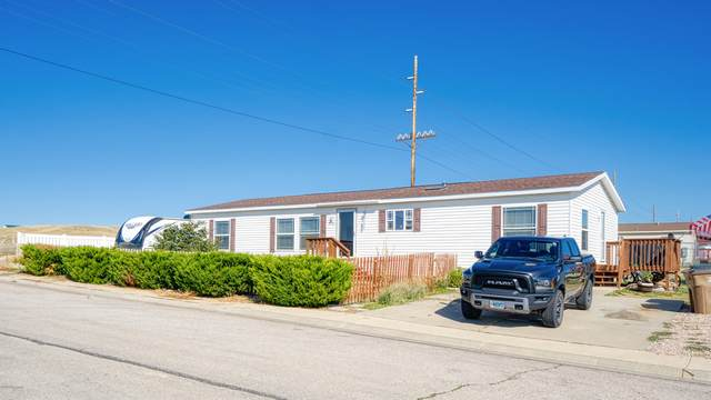 3718 Washington St -, Gillette, WY 82718 (MLS #20-1403) :: 411 Properties