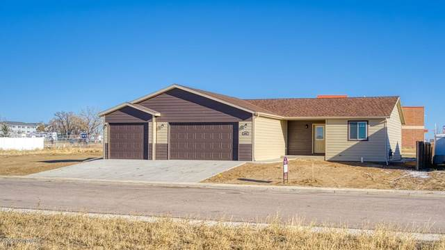 606 Chase Ct -, Gillette, WY 82716 (MLS #20-1763) :: Team Properties